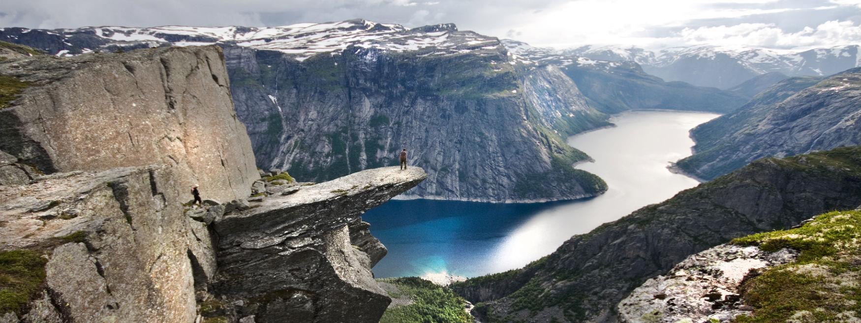 www.hardangerfjord.com