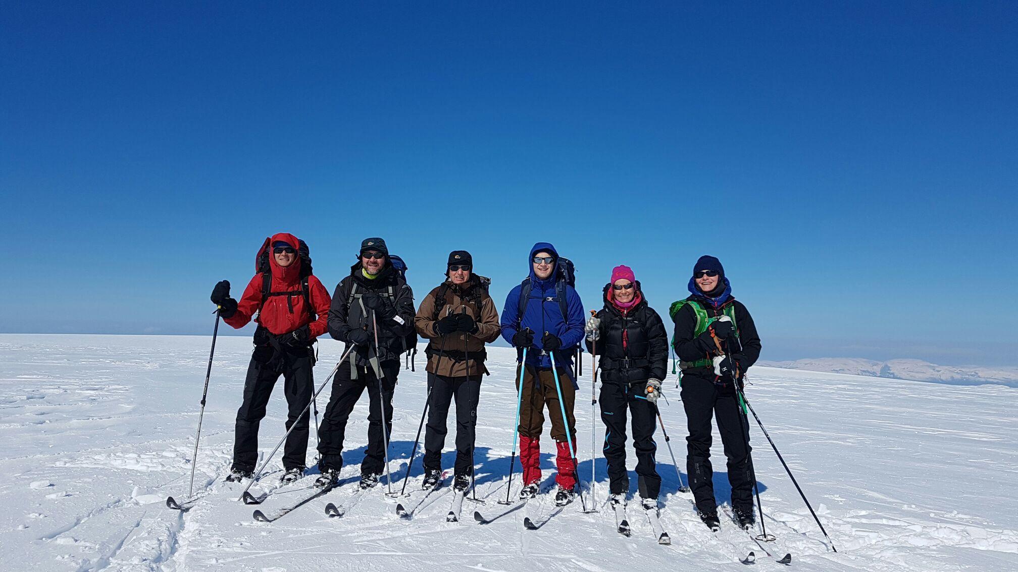 ut.no, utno, dnt, turistforeningen, fonnabu, kvinnherad, folgefonna, utpåtur, ulvang, haglofs, glacier, norwegian glacier, isbree, norsk isbree, winterwonderland, visitnorway, visit sunnhordaland, hike rosendal, hike norway, mountian hike, rosendal, rosendal norway, topptur, rosendal skifestival, folgefonna, signe schineller, snow, snowmotives, snømotiver, snøfonn, mestring, skitur,